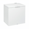 Táto truhlicová mraznička značky Whirlpool WHM4611 Vám zaručí nízku spotrebu energie, pretože je zaradená do energetickej triedy A +. Mraznička dosahuje objem až 454 l. K dispozícii funkcia rýchleho mrazenia. Maximálna hlučnosť je 42 dB. Výhodou je aj vnútorné osvetlenie mrazničky.
