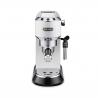 Tento pákový kávovar DELONGHI EC 685 W s tlakom 15 barov.  Nádržka na vodu s objemom 1,1 l. Integrovaná napeňovacia tryska, s ktorou si pripravíte napr. lahodné kapučíno so zamatovou penou. Výhodou je ohrievanie šálok pre dokonalú teplotu prípravy a arómu kávy. Vhodný na mletú aj porciovanú kávu. K dispozícii možnosť automatického vypnutia, čo šetrí energiu.