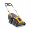 Akumulátorová kosačka STIGA SLM 540 AE bez pojazdu. Záber v šírke 40 cm pre kosenie plochy až do 350 m2. Súčasťou je batéria s kapacitou 4,0 Ah / 48 V a nabíjačkou. Kôš na trávu s objemom 40 litrov (voliteľné aj mulčovanie a zadné vyhadzovanie). Nastaviteľná výška strihu 25 – 75 mm.