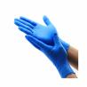 Jednorázové, latexová rukavice ponúkame v modrej farbe vo veľkosti XL. Sú odolné proti pretrhnutiu.  Majú vysokú chemickú odolnosť a sú vhodné aj na prácu s agresívnou chémiou. Jemná textúra zabraňuje kĺzaniu. Sú vhodné aj na použitie v medicínskom prostredí.