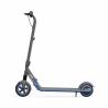Detská elektrická kolobežka Ninebot eKickScooter ZING E10by Segway s maximálnou rýchlosťou 16 km/h. Kapacita batérie 55Wh a dojazd kolobežky je 10km. Výkon motora predstavuje 200 W. 3 jazdné módy - turbo, automatický, bezpečný + tempomat. Maximálna nosnosť je 50 kg (pre deti 8-14 rokov) výška 950 mm. Ambientné LED farebné podsvietenie.